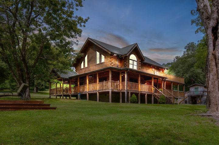 Secluded Creekside Cabin- 45 Minutes to Nashville