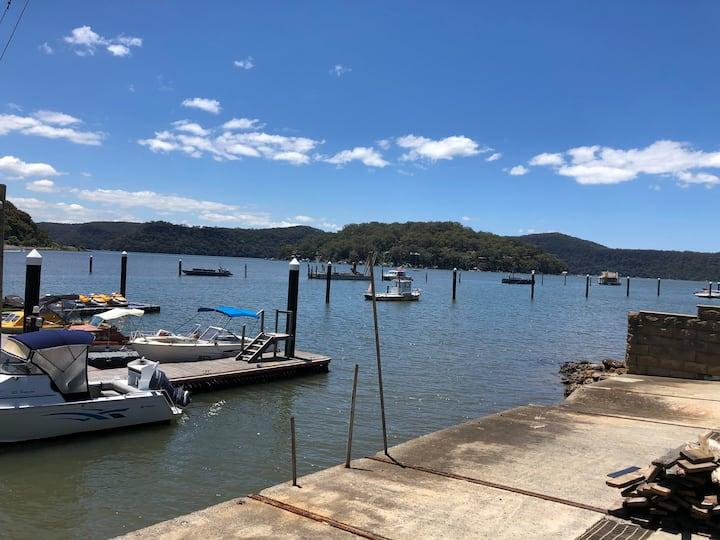 Oasis on the Hawkesbury - Water View Apartment