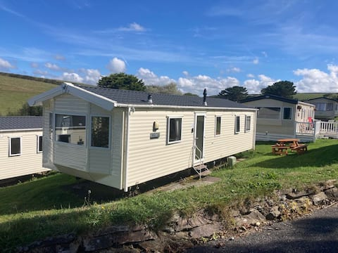 3 Minutes From Porth Beach Newquay 3 Beds Plot 79
