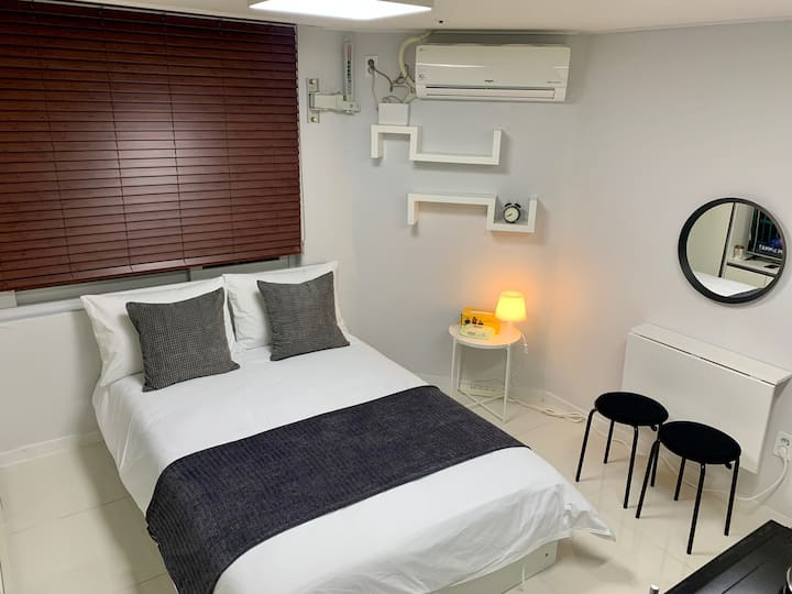 ★Perfect for one or couple, New Studio in Gangnam★