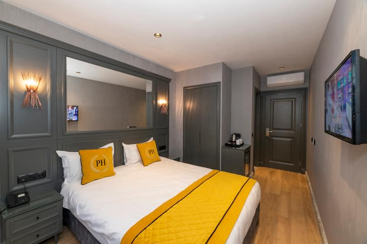 DISINFECTED! Butique Hotel Room Center of Taksim