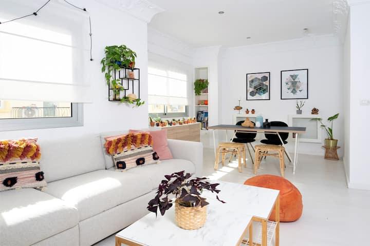 Tu piso con terraza para teletrabajar y disfrutar
