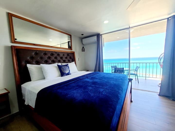 Ocean View Penthouse on Hip Strip Montego Bay Wifi