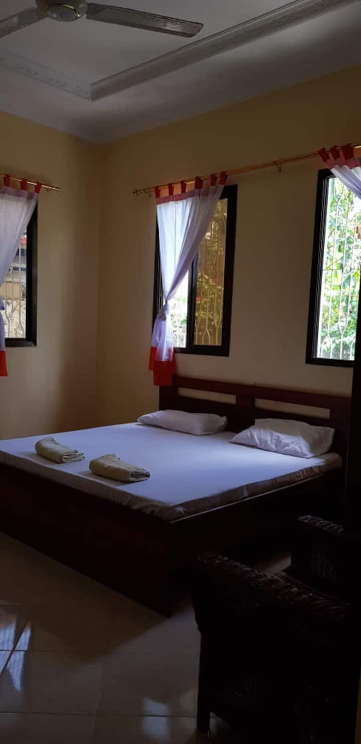 utulivu house (serenity) two single beds
