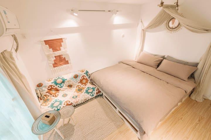 大主卧室,1.8米大双人床