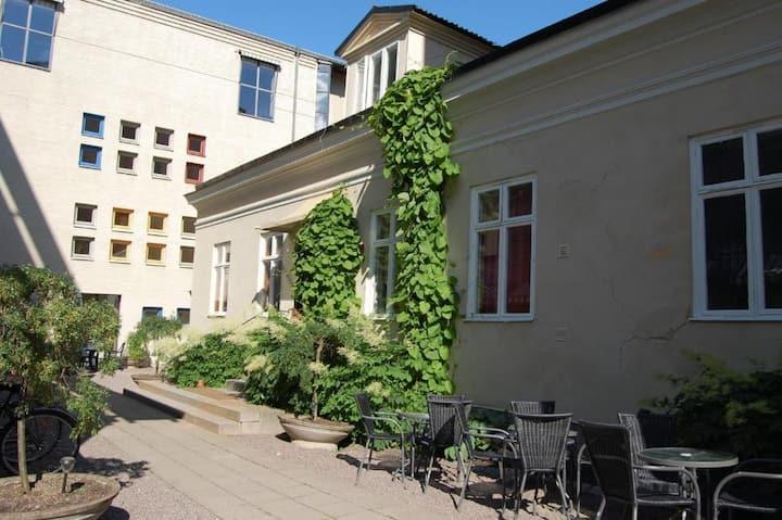 Bo i en Fd prästgård från 1884 i centrala Uppsala
