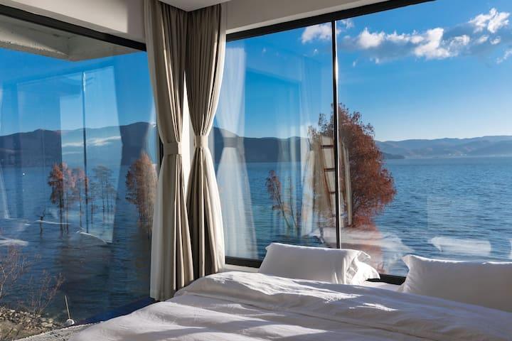 270度海景卧房大床/双床可选 Ins浴缸·洱海边 网红红杉·亲水沙滩·免费停车·大理古城·龙龛码头