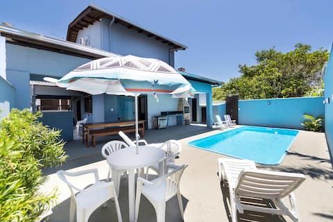 Casa Patta - 05 dormitórios com piscina
