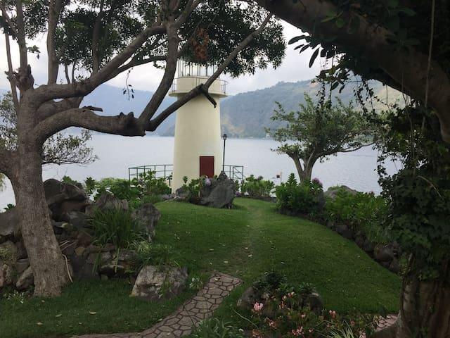 Exclusivo Chalet La Cumbre en Lago Atitlán