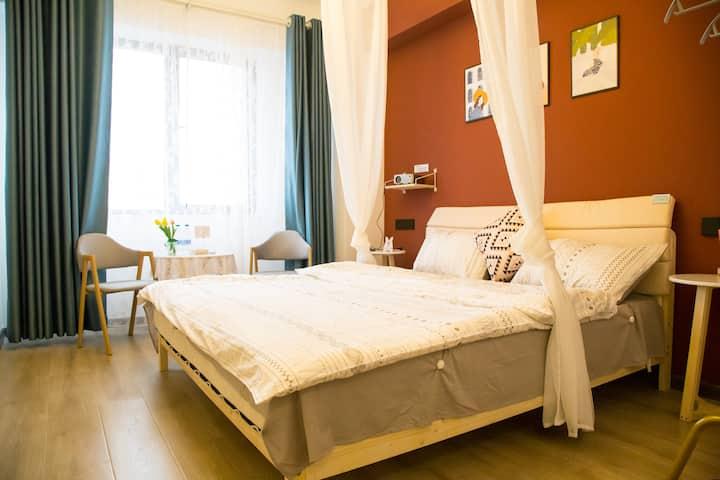 【佳家】洛邑古城对面,独立房间,一室一床,温馨二人世界