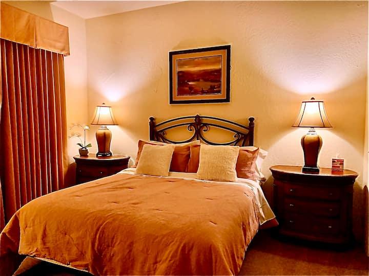 Old town La Quinta 1 bedroom Condon with Pool/Spa
