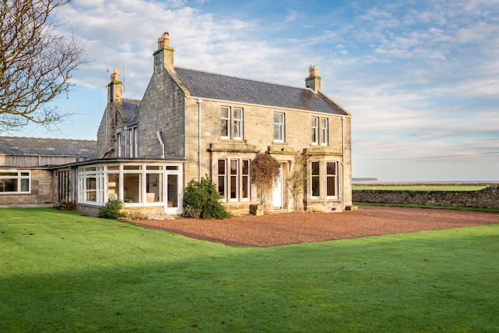 Easter Kincaple Farmhouse | Sleeps 16 | St Andrews