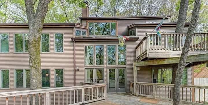 The Wildwood Treehouse