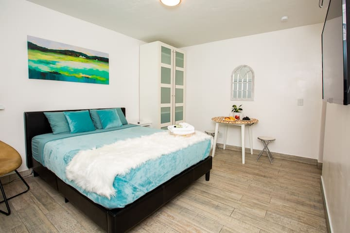 Welcome to your new home! We are a couple of enthusiastic people who decided to bring Airbnb in Hallandale to a different level. We are passionate about high quality renovations and modern design which we implemented at this place for you to enjoy!