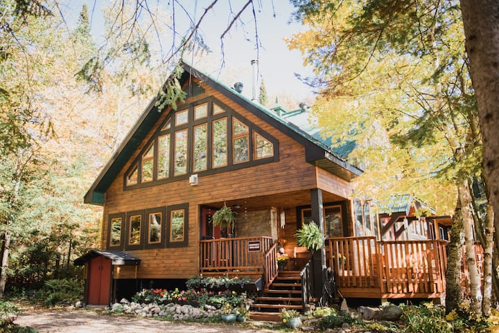 """""""Up North"""" Glamping & Cabin Retreat for Groups"""