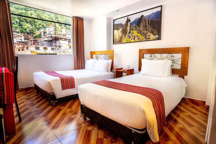 Habitación Familiar con Vista a Las Montañas y Rio