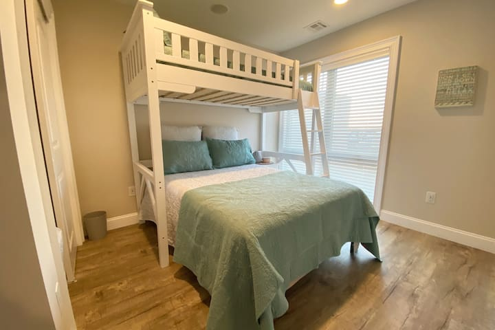 Bedroom #3 - Full Bed and Single Bunk Bed w/Smart TV, Sonos and Closet