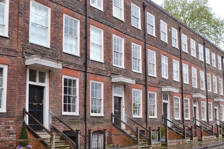 Cosy 18th Century Undercroft
