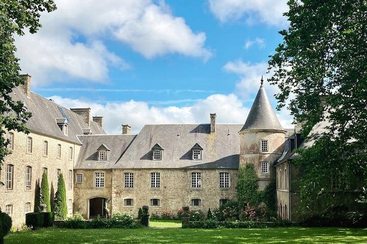 La Suite romantique du château d'Hémevez