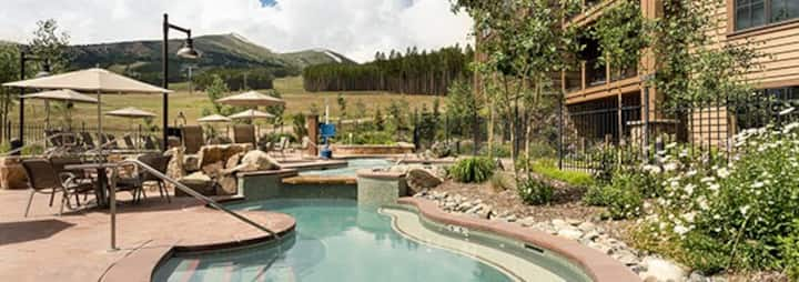 Mountain Lodge with First Class Amenities