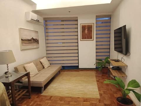 In the Heart of Makati - One bedroom Suite