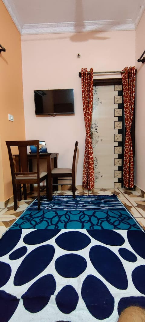 Beautiful 1 bedroom house with kitchen and wifi