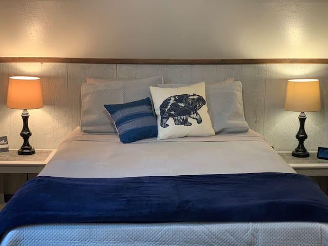 3rd bedroom upstairs - queen bed.