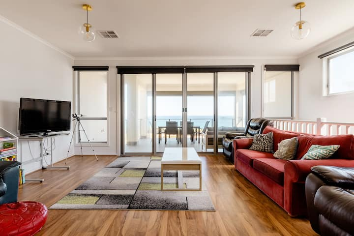 Luxury Mid Coast Beach House