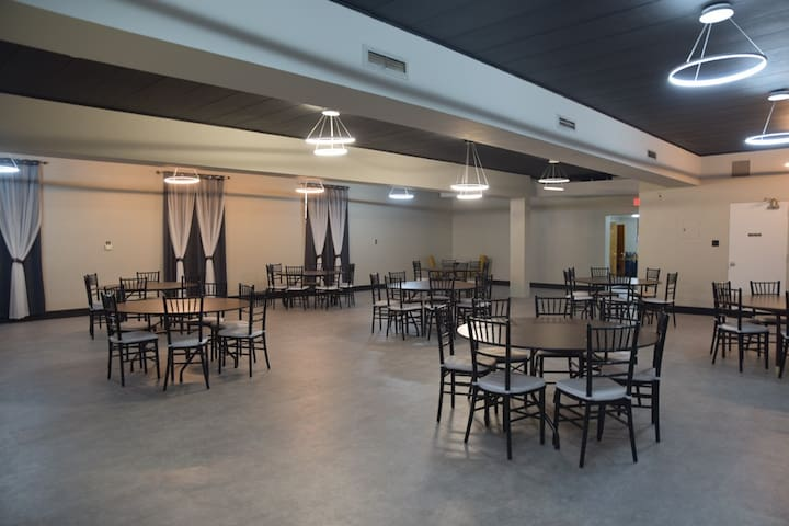 EVENTS & GATHERING SPACE - THE MAHOGANY