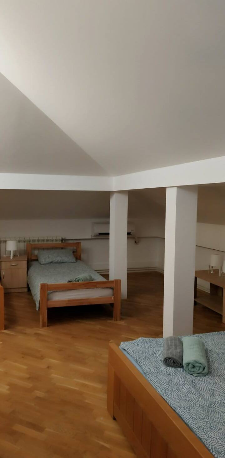 Zvezdara Hostel Room 8