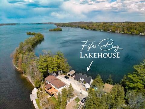 Fife's Bay Lakehouse