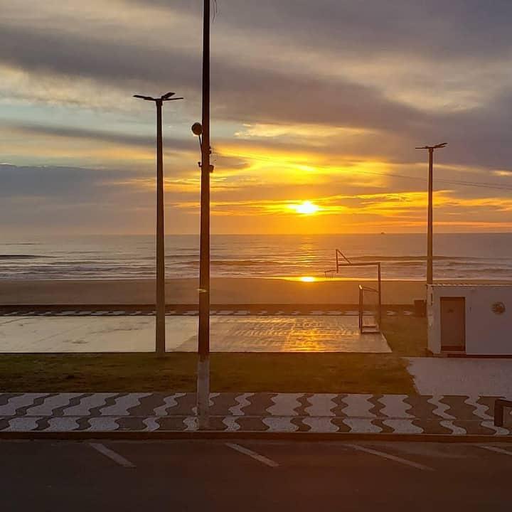 1 dorm. de FRENTE p o MAR - o Som e a brisa do Mar