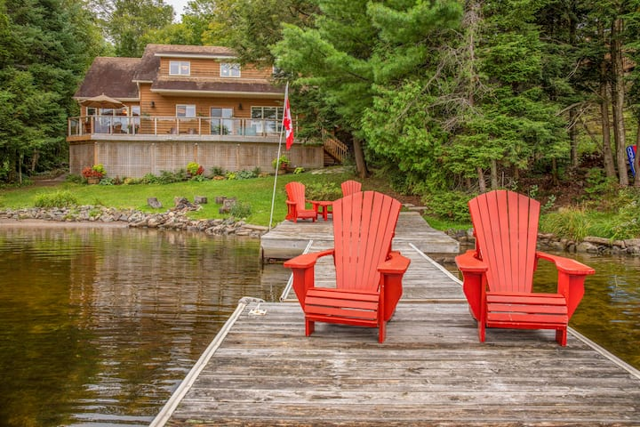 Picturesque Lakefront Muskoka (Port Carling)