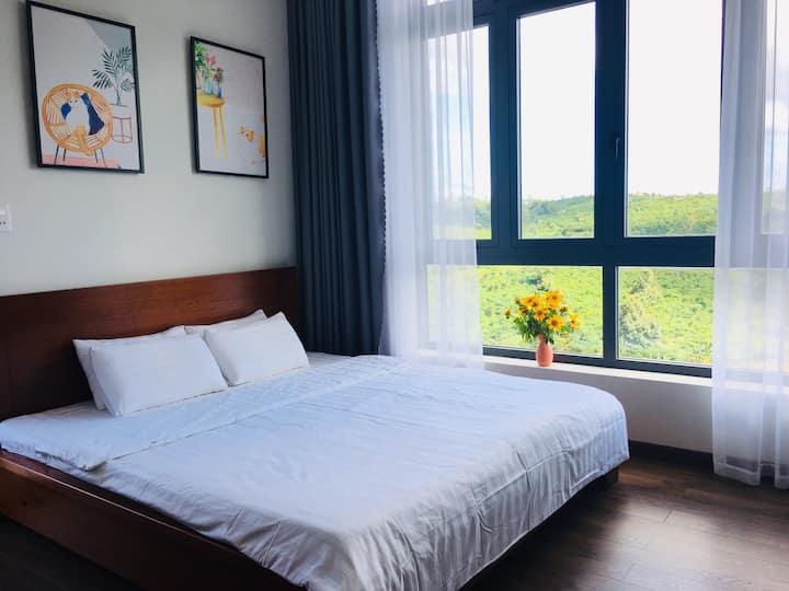 Sen Villa-Phòng đôi giường queen ban công view núi