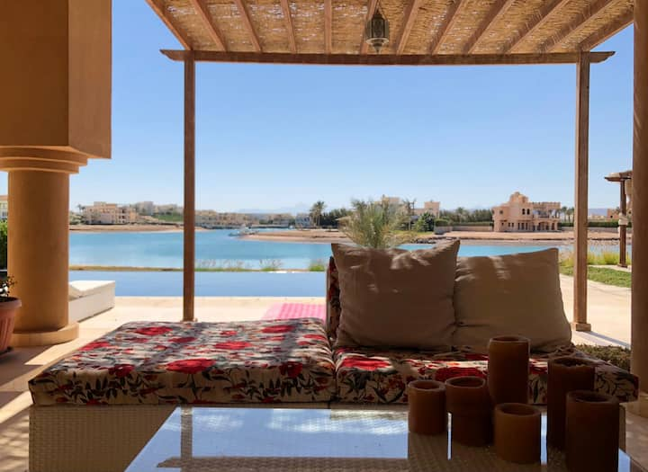 4 Bedroom Luxury Lagoon villa with boat (2/7 incl)