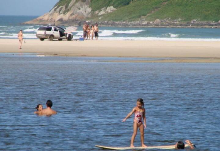 Quarto em Pousada Imbituba, próx Praia do Rosa