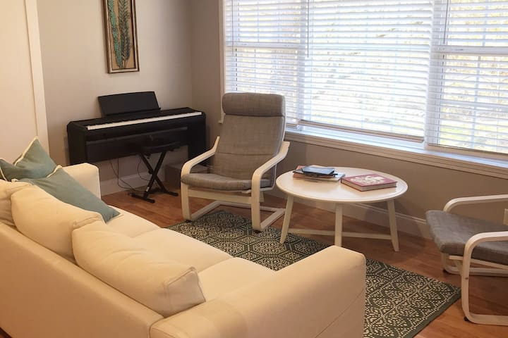 Enjoy lounging in the sitting area or tunes on our full sized electric piano.