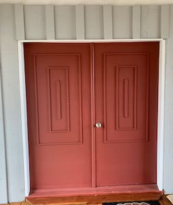 Both doors open making a 6-0 opening for easy access but there is a single step up.