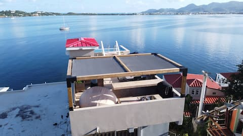 Lagoon View Studio - Private Terrace with Pool