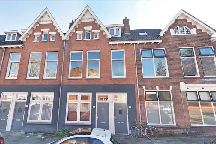 Beautiful apartment with huge garden in Utrecht
