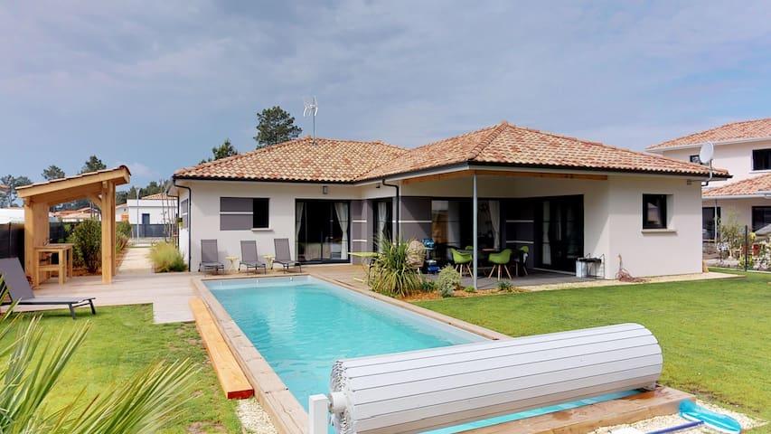 Villa Moderne Côté Pinède Piscine chauffée Jardin