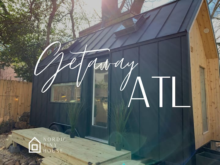 Modern Nordic Tiny Home w/ Queen in Heart of ATL