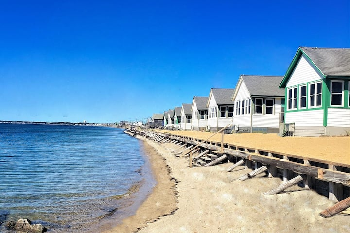 "Beachfront ""Days' Cottages"" next to Provincetown"