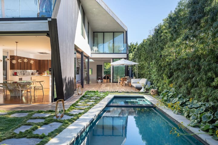 Eclectic designer Home in West Hollywood
