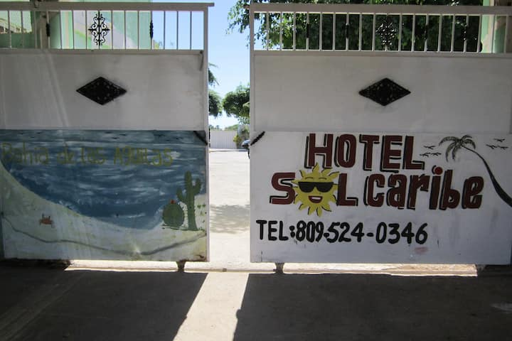 Cheap Rooms in Pedernales (Free Coffee)