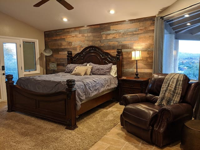 Grey Guest Suite