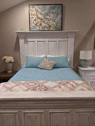Teal Guest Suite with Queen bed & sleeper sofa