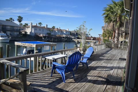 Waterfront 1st floor Condo-deck & private dock