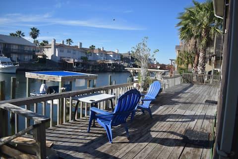 Waterfront 1st floor Condo-deck & private dock