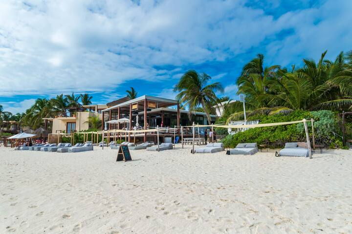3 Bedrooms Beach Villa in a Luxury Boutique Hotel